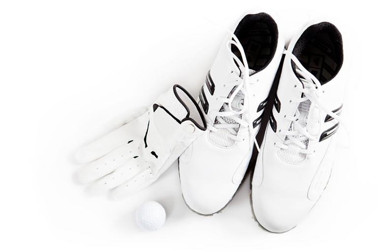 グローブと運動靴