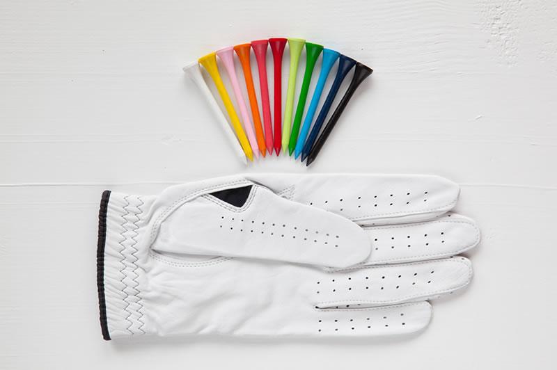贈るアイテムは、ゴルフ用品や記念品など長く残るものを選ぼう!